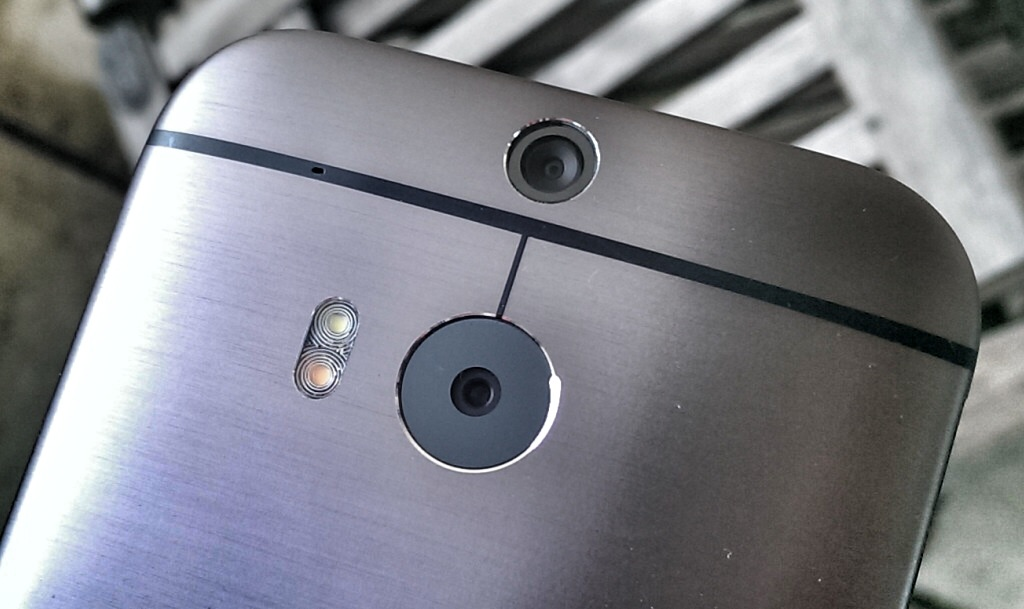 HTC One M8 Android Smartphone - Kameras - Foto © Helmut Hackl