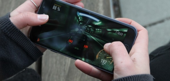 Samsung Galaxy S6 vs. S7 Gaming