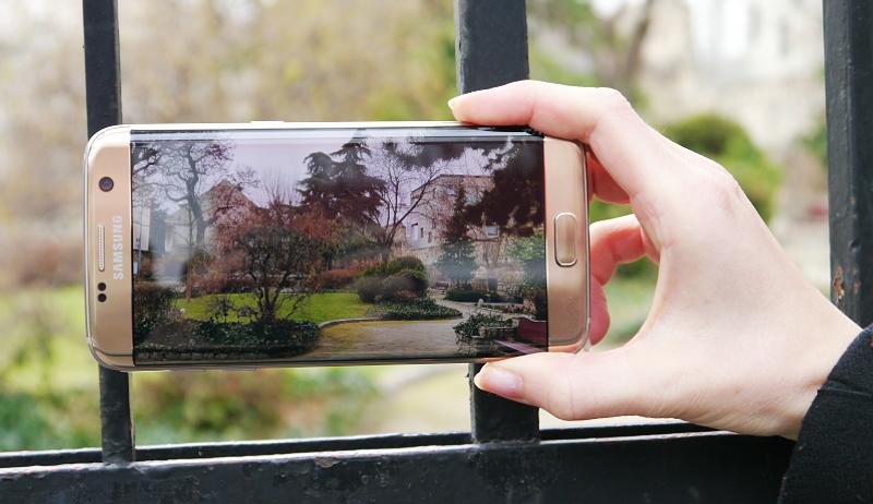 Samsung Galaxy S7 edge gold Kameratest im Park bei schlechtem Licht