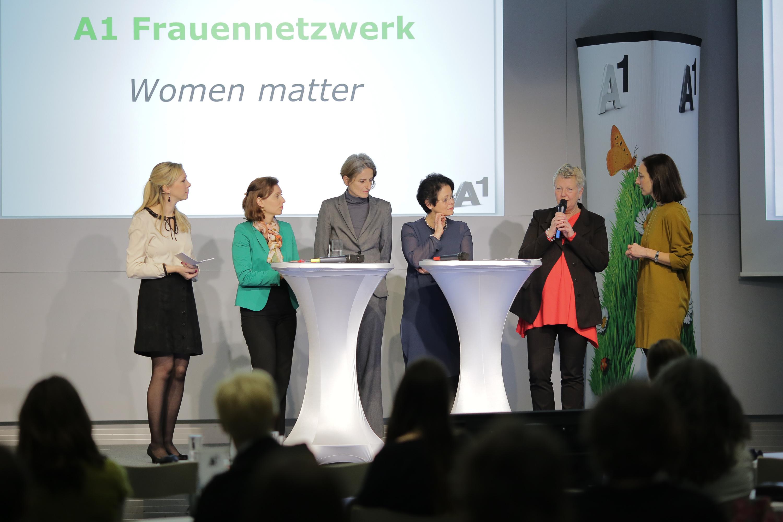 A1 Frauennetzwerk, Podiumsdiskussion, Ana Simic, Nina Leindecker-Purrer, Brigitte Handlos, Traude Kogoj, Ingrid Streibel-Zarfl, Ursula Preyer-Hochstrasser