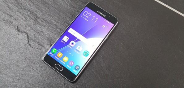 Samsung Galaxy A5 Close Up