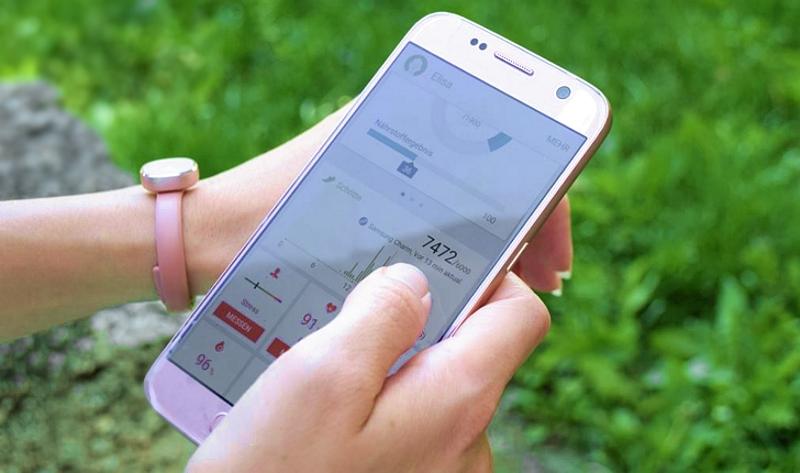 Samsung Charm verbunden mit S Health App Galaxy S7