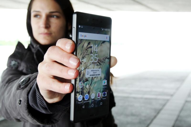 Sony Xperia X Test
