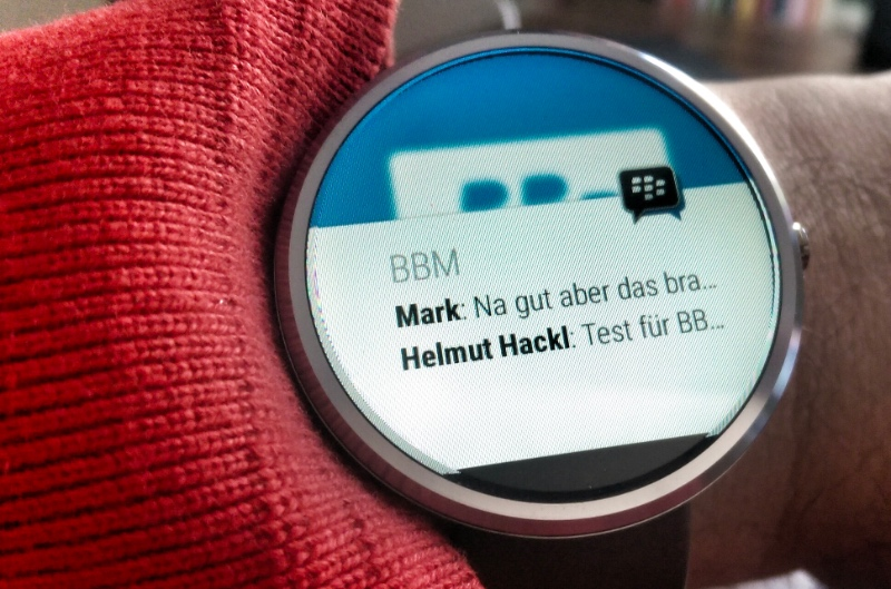 Smartwatch im Unternehmen - z.B. BBM - Foto © Helmut Hackl