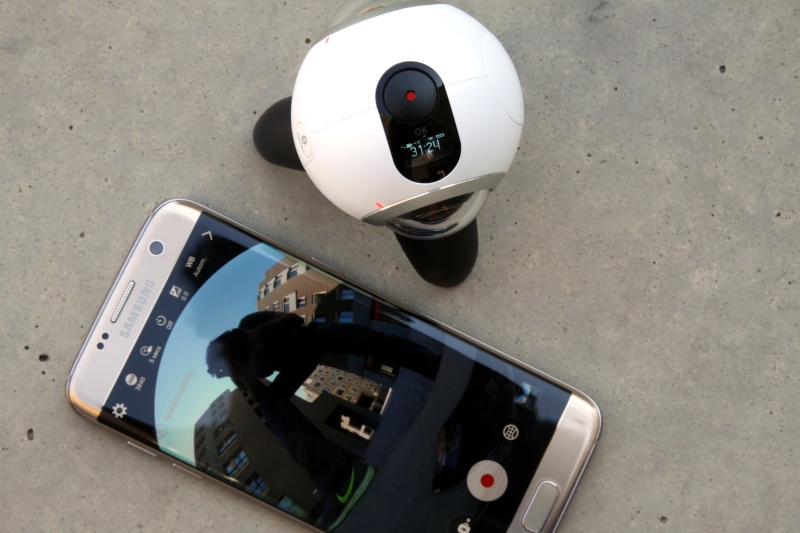 Samsung Gear 360 Display