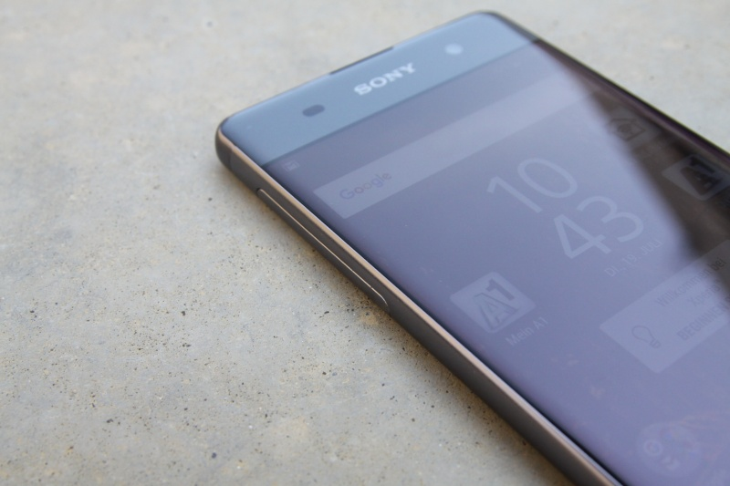 Sony Xperia XA Display