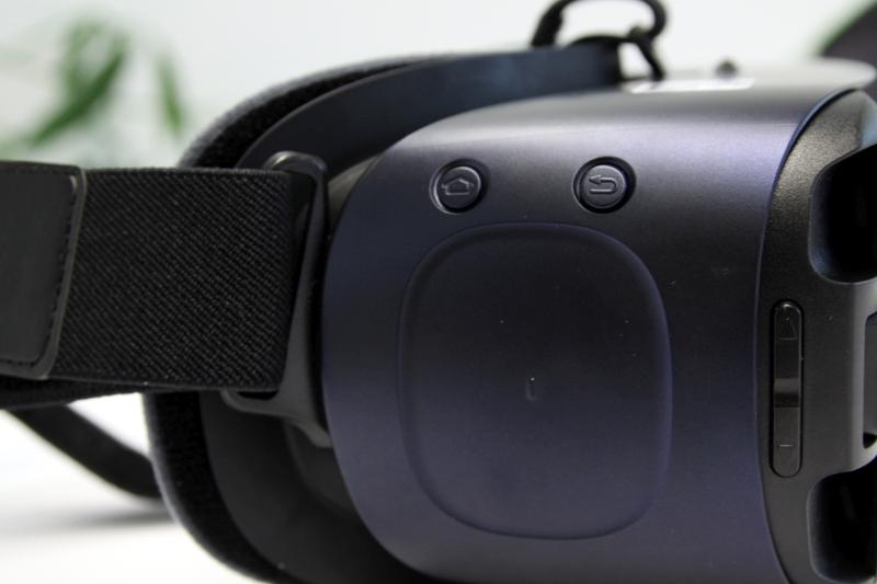 Samsung Gear VR 2 Buttons