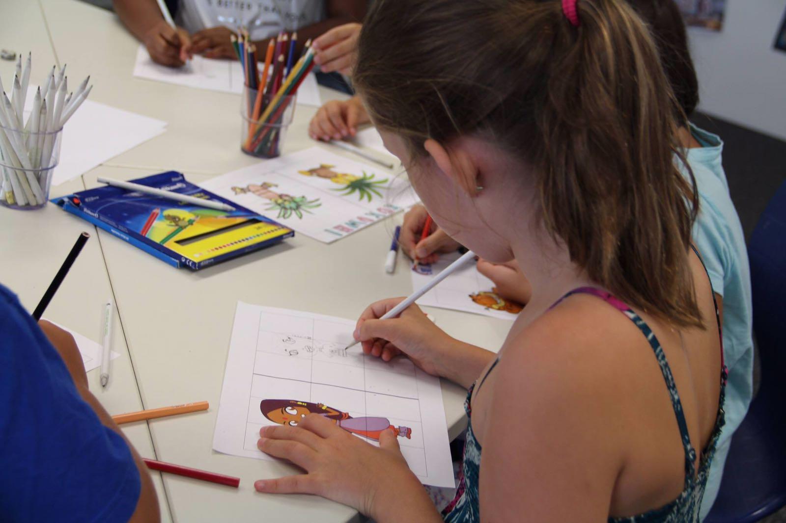 Bei der kostenlosen Kinderbetreuung der Initiative A1 Internet für Alle können Kinder von 6 bis 14 Jahren Avatare gestalten und online Comics zeichnen