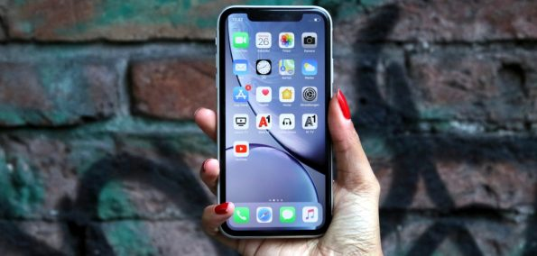 Apple iPhone XR Test