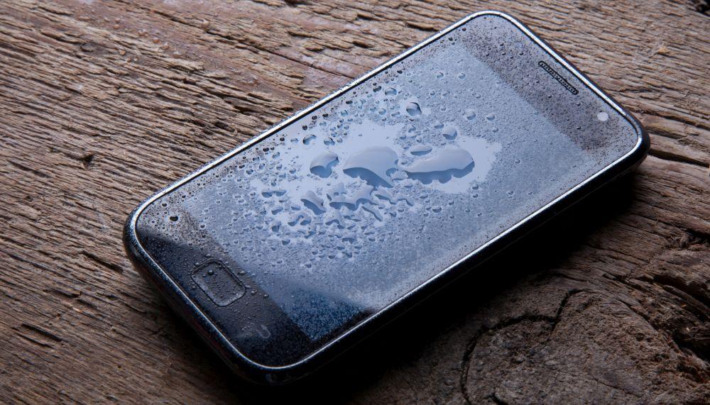 Winter Smartphone Tipps nasses Smartphone