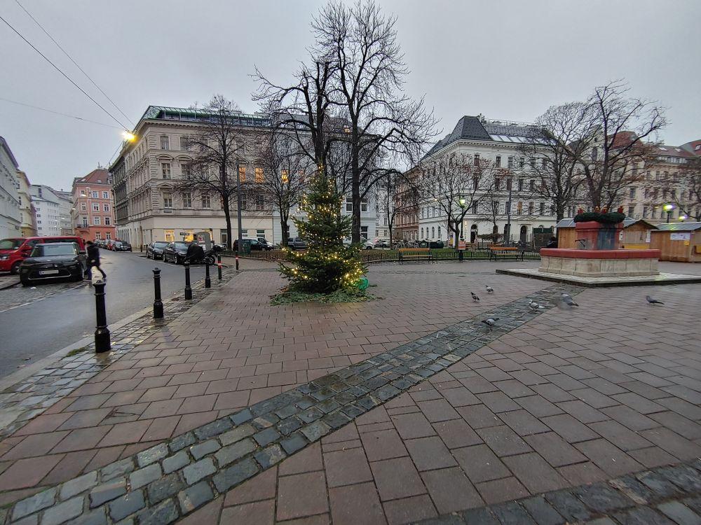 LG G8X Weihnachtsbaum