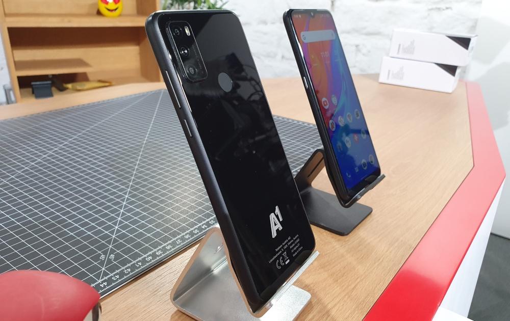 A1 Alpha Smartphone Vor- und Rückseite